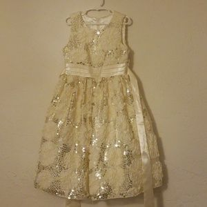NWOT American Princess fancy dress cream gold 7